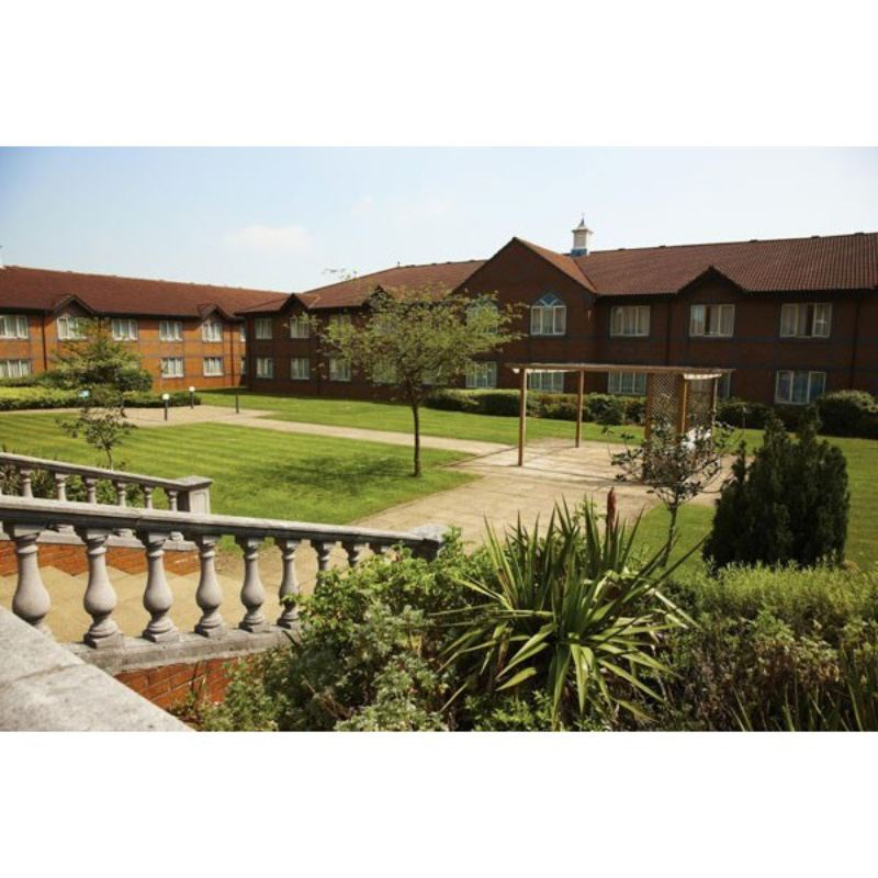 One Night Break at Mercure Daventry Court Hotel and Spa product image