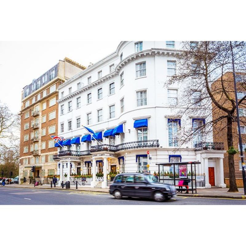 Overnight Stay with Dinner for Two at London Elizabeth Hotel product image