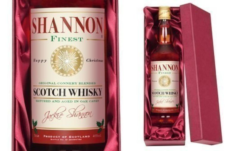Personalised Blended Whisky with Christmas Gift Label product image