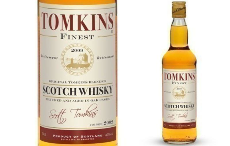 Personalised Blended Whisky with Retirement Gifts Label product image