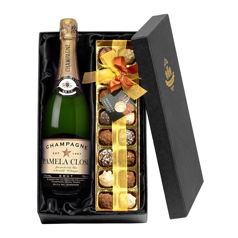 Personalised Champagne and Chocolates Gift Set product image