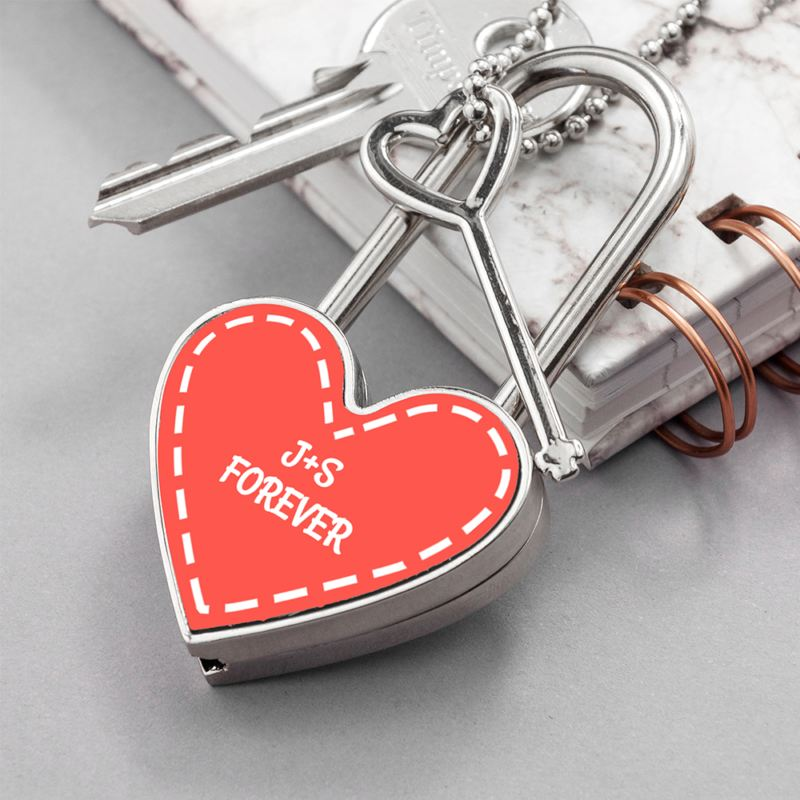 Personalised Parisienne Heart Padlock product image